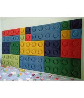 Paminkštinimas ant sienos LEGO